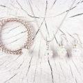 Anhänger, Ohrschmuck und Armband in Kristallfarben aus Swarovski Perlen