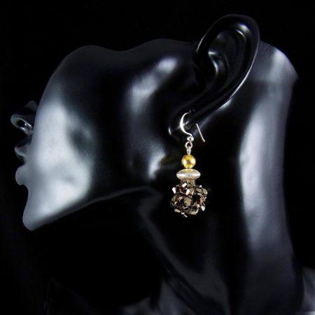 Schöner Ohrschmuck aus Silber und Gold