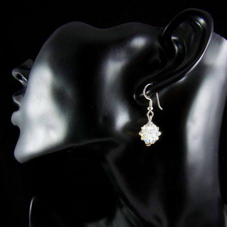 Zarter Ohrschmuck aus Swarovski-Kristallperlen Ohrringe aus Silber und Swarovski-Kristallperlen